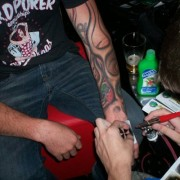 Tat Me Up - Airbrush Tattoos